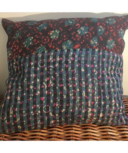 Coussin KANTHA blue